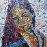גלריה - פורטרטים 9 - המייצגת לגלריה